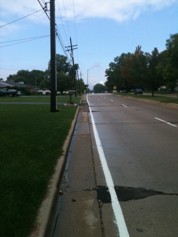 no sidewalk
